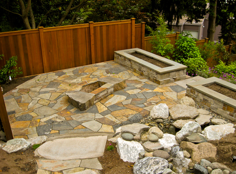 stone-patio-with-color