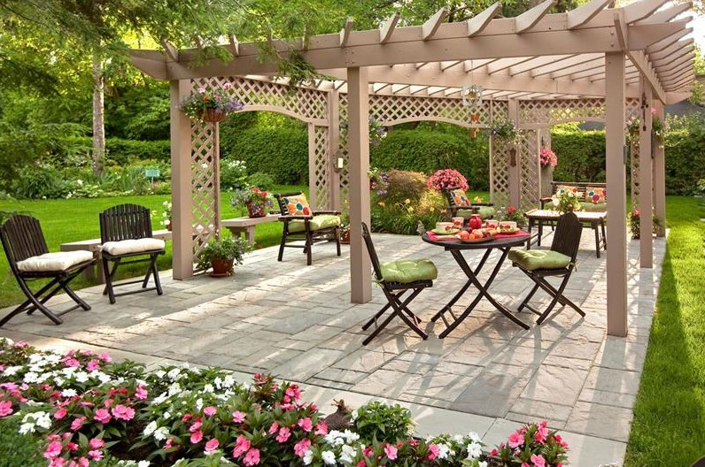 beautiful backyard with pergola