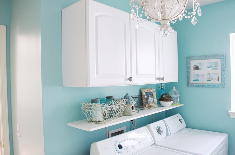 turquoise painting for your laundry room