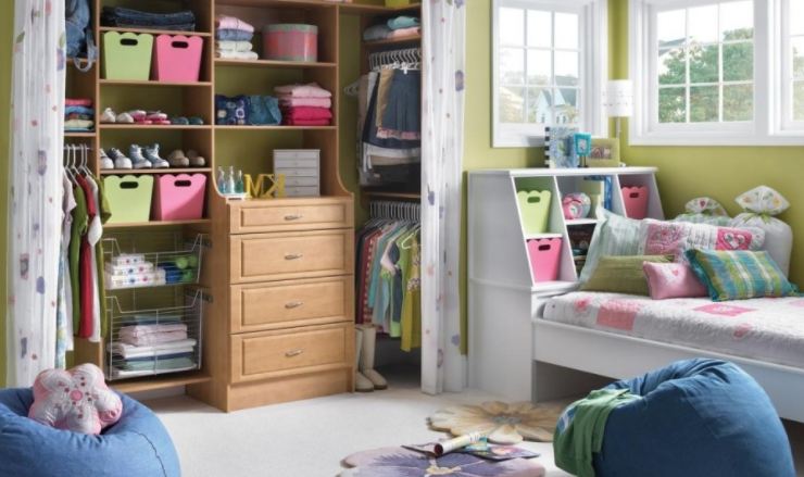 20 Quick Tips For Organizing Your Bedroom