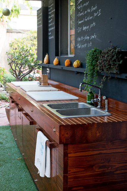 Edgy Polished Wood Prep Station Outdoor Kitchen Ideas 1