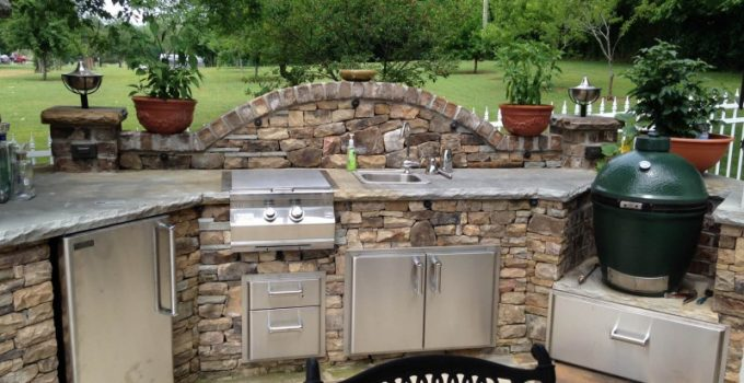 Outdoor Kitchen Ideas for Perfect Family Gathering 20