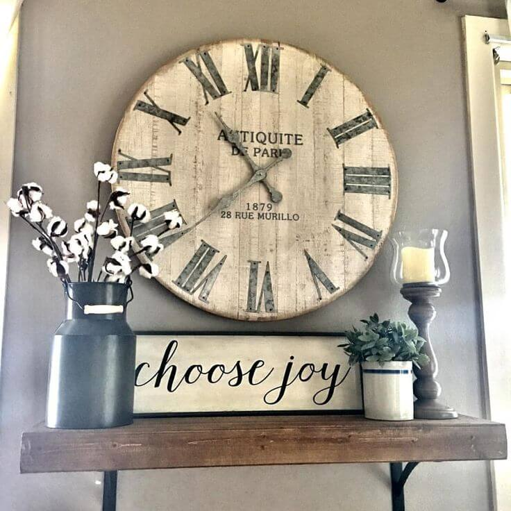 kitchen-wall-decor-ideas The wooden clock