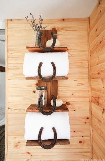 Sundance Ranch Horseshoe Accented Shelves
