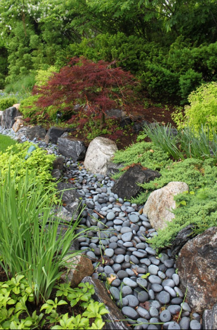 dry river bed landscaping 2