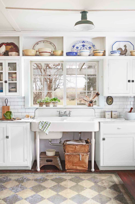 Vintage Kitchen - Carefully Curated Patterns Make the Room