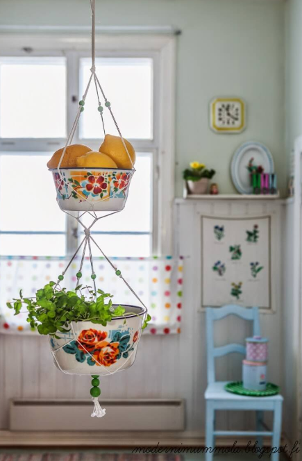 Vintage Kitchen - Kitschy Retro Two-Tiered Plant Hanger