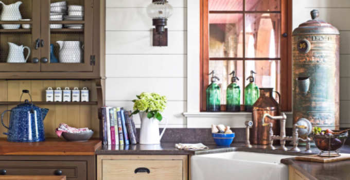 Vintage Kitchen - Mixing Neutrals for Maximum Eye Appeal