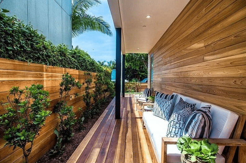 Horizontal Plank Fence - privacy wall ideas