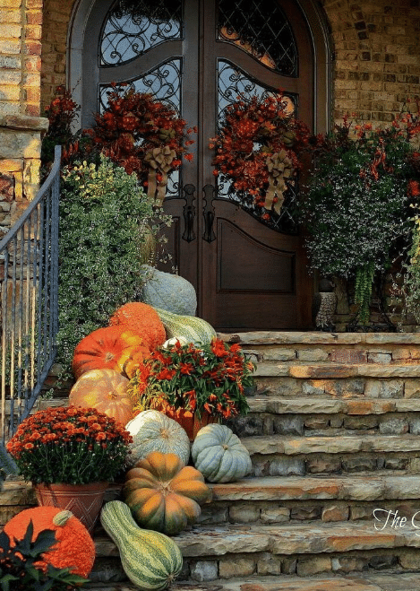 Fall Front Door Decor Ideas 11