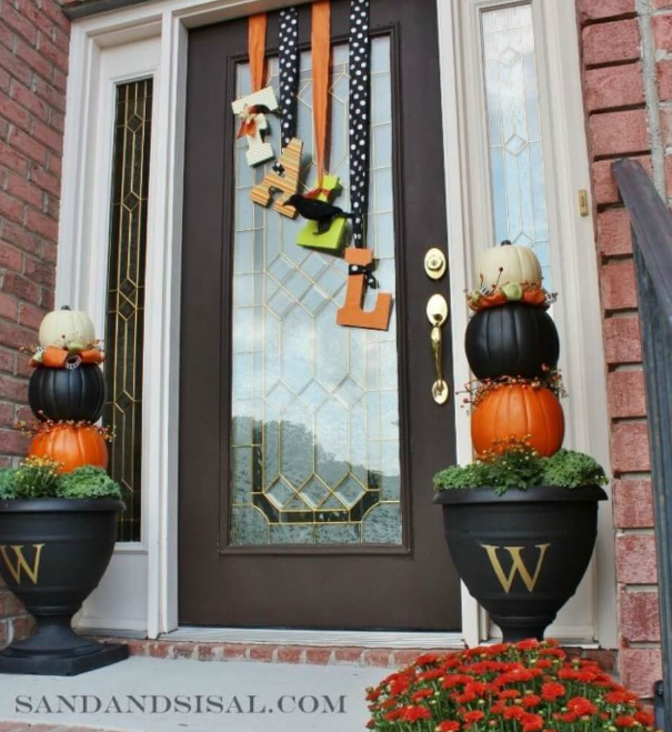 Fall Front Door Decor Ideas 13