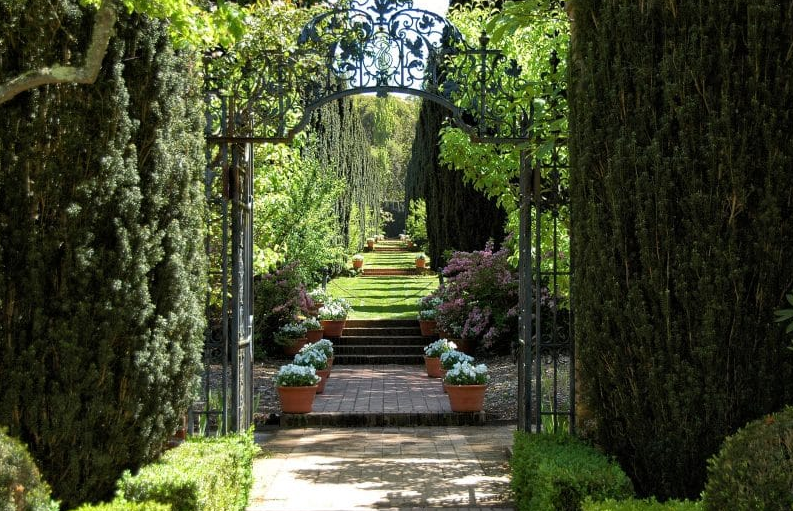 flower garden gate ideas - Formal Garden