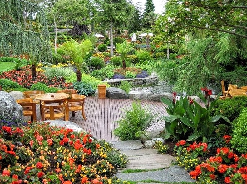 garden design ideas - Colorful Oasis