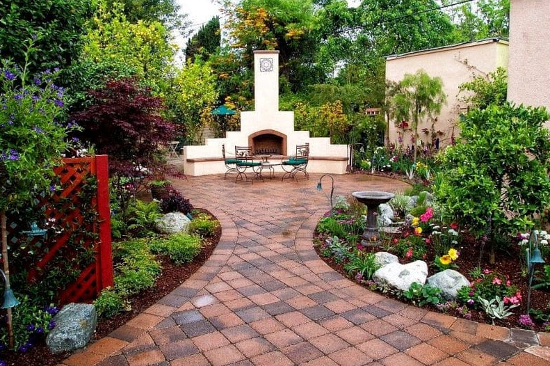 garden design ideas - Outdoor Fireplace