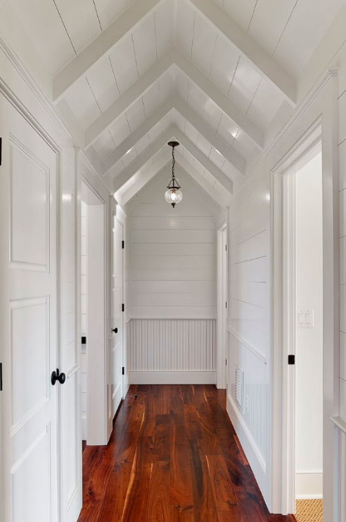 PEAK OF STYLE - Hallway Ideas