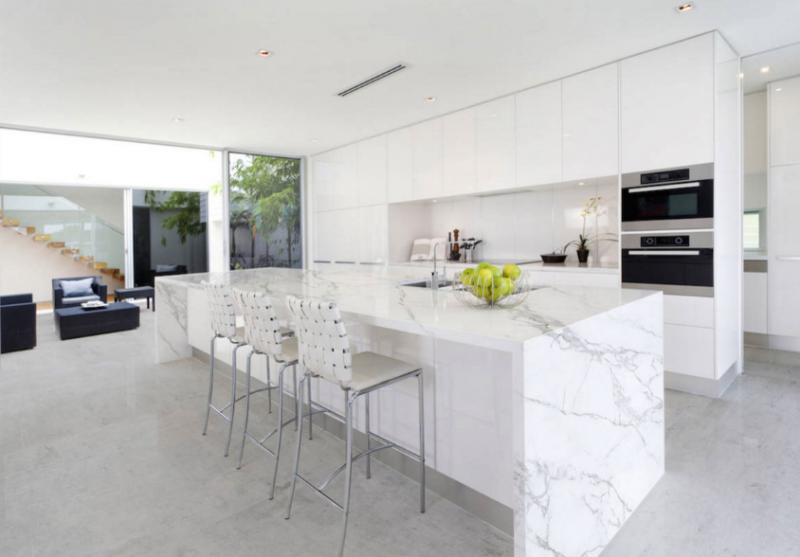 NEOLITH Kitchen Island
